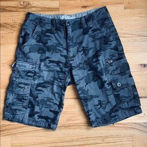 Men's cargo camouflage shorts